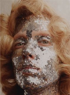 Ph. Benjamin Vnuk big silver glitter face