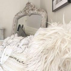 """0 likerklikk, 1 kommentarer – Hege (@bohemianair) på Instagram: """"~ From my point of view ~ ~ ~ ~ ~ ~ ~ ~ #handira #vakrehjem #dream_interiors #livingroom…"""""""