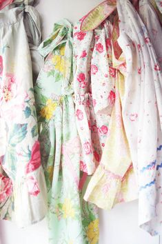 Vintage Aprons - Such Pretty Things Blog