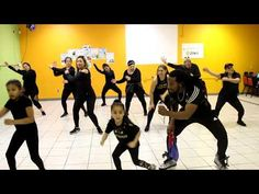 Healthy Back Exercises Zumba, Back Exercises, Stomach Exercises, Dance Music Videos, Healthy Exercise, Sweat It Out, Daddy Yankee, Lets Dance, What Is Life About
