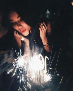 38 Ideas birthday girl pictures for 2019 Birthday Goals, 18th Birthday Party, Birthday Celebration, Girl Birthday, Tumblr Birthday, Happy Birthday, Birthday Cake, Vintage Birthday, Birthday Candles