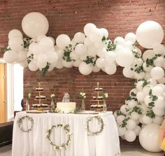 Love balloon, Wedding backdrop outside, outside wedding, backdrop wedding decor inspiration, Hochzei Wedding Balloon Decorations, Simple Wedding Decorations, Wedding Balloons, Bridal Shower Decorations, Simple Weddings, Garland Wedding, White Party Decorations, Table Decorations, Balloon Arch