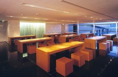 Cathay Pacific Airways Lounge   Seating for casual dining