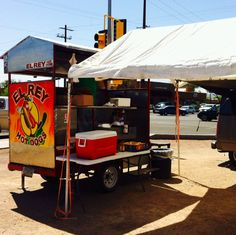 El Rey Hot Dogs at Campbell and Ft Lowell #Tucson #Arizona #FoodTrucks #Mexican | Photo by Kim M. Bayne for Street Food Files