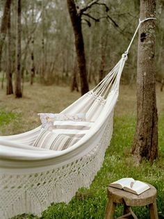 Hammock Swings Are the Perfect Way to Relax in the Comfort of Your Own Backyard – Hammocks Ideas Outdoor Hammock, Hammock Swing, Hammocks, Hammock Ideas, Backyard Hammock, Outdoor Spaces, Outdoor Living, Outdoor Decor, Outdoor Furniture