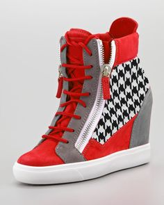 27 Trending Shoes Outfit Ideas To Look Cool And Fashionable - Fashion Women Shoes Store - Fashion Women Shoes Store Moda Sneakers, Cute Sneakers, Wedge Sneakers, Wedge Shoes, Sneakers Fashion, Fashion Shoes, Street Style Shoes, Converse Outfits, Sneaker Heels