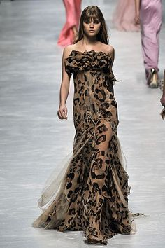 Blumarine Fall 2008 RTW - Review - Fashion Week - Runway, Fashion Shows and Collections - Vogue