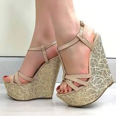 Solve Wedge jigsaw puzzle online with 81 pieces Wedge Heels, Flats, Sexy Legs And Heels, Gorgeous Heels, High Shoes, Pretty Shoes, Fashion Shoes, Shoe Boots, Wedges