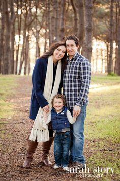 Winter Family Portrait Photo Sarah Story Photography  www.sarahstory.com.au