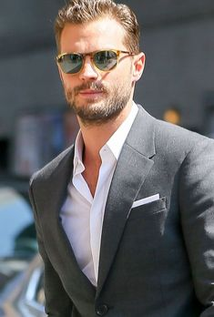 Jamie Dornan words on – Men's style, accessories, mens fashion trends 2020 Jamie Dornan, Christian Grey, Gorgeous Men, Beautiful People, Dulcie Dornan, Sr1, Mr Grey, Nick Bateman, Hommes Sexy