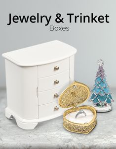 Men and women alike will love all the jewelry storage choices with this assortment of jewelry and trinket boxes with styles to fit every taste. #QualityGold #TrinketBoxes #JewelryBox #JewelryCases #JewelryStorage #Jewelry