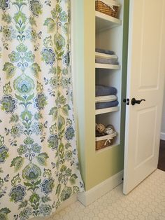 Bathroom ideas. Bathroom with open shelving in place of a linen closet. Shower curtain is Cynthia Rowley from TJMaxx. Bathroom ideas #Bathroomideas #Bathroom #ideas Home Bunch Beautiful Homes of Instagram wowilovethat