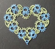 """Queen of hearts by Nuccia –  (the heart motif is from """"Tatting with Visual Pattern""""  book  by Mary Konior)"""