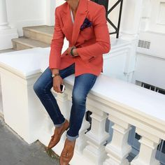 """LOUIS-NICOLAS DARBON on Instagram: """"Menswear essential   the double breasted blazer.  How to wear the classic double breasted? Check out my blog at…"""""""