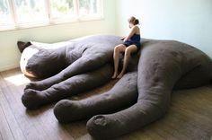 r h i z o m i c o n: Giant Kitty Plush Couch  diy