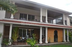 Maison/villa - 6 chambres - 250m²
