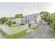 PRICE REDUCED $104,900! OPEN HOUSE: Sunday, 3/13/2016 from 1:00 PM - 3:00 PMPM. View property details for 1020 Highland Avenue, Waterbury, CT. 1020 Highland Avenue is a Single Family property with 3 bedrooms and 1 baths for sale at $113,900. MLS# 99111933.