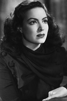 Actresses From the 1940 | The Mexican Revolution — 2 | Floppybootstomp Compress