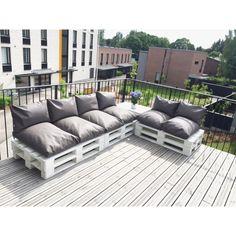 Diy pallet lounge for a terrace. Diy eurolavoista tehty sohvakokonaisuus terassille.