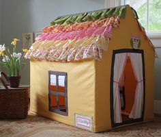 play house -- love the roof