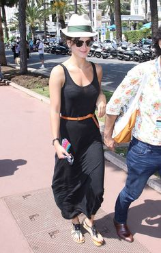 Le look de Charlotte Le Bon à Cannes