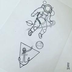El astronauta que se escapó del mar!! @didacesteban la espera fue larga pero ya lo tenemos aquí, gracias por tu paciencia y confianza así da gusto hacer estos diseños!! . . #toretetattoo #toretestyle #ink #inked #tinta #tarragona #astros #astronaut #astronauta #espacio #tattoo #tatuaje #boom #ganas #sea #anchor #ancla #porfin #ole #puntoscomono #universo #black #olequeole Space Tattoo, Tattoos And Piercings, Sleeve Tattoos, Minimalist Tattoo, Maori Tattoo, Art Ink, Tattoo Portfolio, Space Art, Aesthetic Art