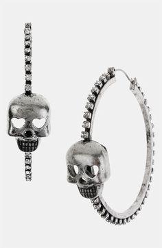 Betsey Johnson skull earrings<3