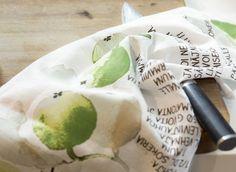 Omenapuu Kitchen Towel Omenapiirakka