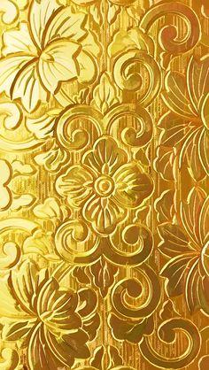Golden iPhone 5 Wallpaper