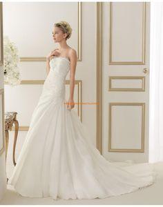 Schicke trägerlose tiefe Taille Hochzeitskleider mit Applikation 110 EGIPTO | luna novias 2014