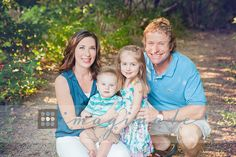 Bernetti Family   Outdoor On-Location Portraits ©Imaginate Photography  www.imaginatephotography.com #family #pictures #portraits #outdoor