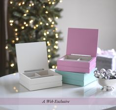 We love these fun stackable jewelry boxes! Being part of our web excluisves, these jewelry boxes for girls are not only stylish but also incredibly affordable! These make great gifts because you can fill them with a stack of cute colored bracelets or wrap all three as a fun set!