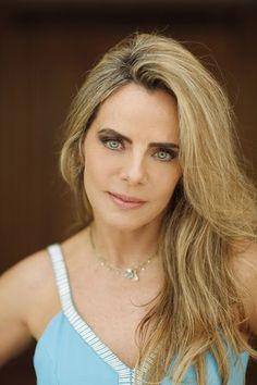 Bruna Lombardi e seu Jogo da Felicidade #Beleza, #BrunaLombardi, #JogoDaFelicidade, #Mito http://popzone.tv/2015/12/bruna-lombardi-e-seu-jogo-da-felicidade.html