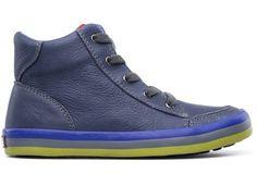 """Camper for Kids son zapatos hechos a la altura de los niños: resistentes, seguros, cómodos y saludables para el desarrollo de los pies. Este diseño es la versión infantil de """"Pelotas"""", el emblemático Camper que en 1995 dio un giro redondo al diseño de calzado."""