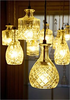 Aparte glazen flessen transformeren tot lamp, ook leuk!