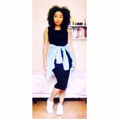"""As roupas não vão mudar o mundo ...as mulheres que as vestem vão."" #Moda #Estilo #Fashion #Style #Design #Look #LookDoDia #Inspiração  #Selfie #Ootd #StreetStyle #Work #FashionStyle #CurlyHair #Cacheada #NaturalHair #LoveMyHair #Black #Força #Foco #Fé #FéEmDeus #InspiraçãoDoDia #OutonoInverno2016 #CurlyHair #CurlyPower #BlackDress  #VestidoPreto @forever21 #DeHoje"