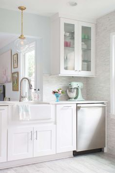 Our New Kitchen Reveal with the Home Depot - Lay Baby Lay Lay Baby Lay