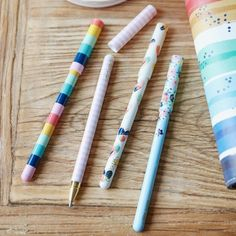 Looking for stationery? Try these bright and colourful ballpoint pens! Free Worldwide Delivery, minimum spend applies. Best Pens, Really Cool Stuff, Christmas Cards, Stationery, Delivery, How To Apply, Bright, Free, Christmas E Cards