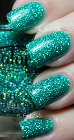 Sea foam sparkle polish
