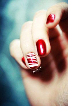 Candy Cane Christmas Nail Art For Short Nails-Repin by Inweddingdress.com #nails