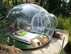 Attrap Reves (France) - A cozy cocoon to rediscover the stars. In your sheltered space you can enjoy nature all year even with bad weather. Each bubble has its own identity and varied decor. - Want to discover more hidden gems in Europe? All of them can be found on www.mapiac.com