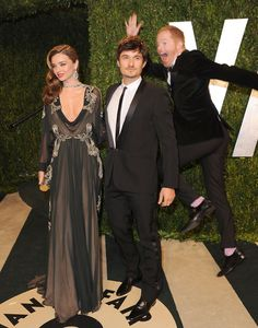 Jesse Tyler Ferguson photo-bombed Miranda Kerr and Orlando Bloom! | Click through for more afterparty pictures