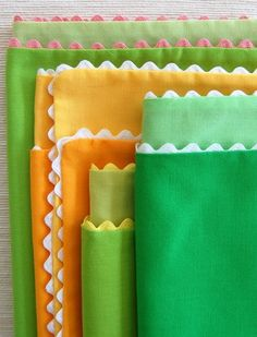 spring colored napkins with contrasting trim