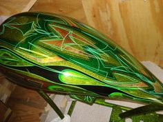 gold leaf custom paint jobs | ... Custom Painting Inc - Misc Bikes - Green Bike w/ Pinstripe & Gold Leaf