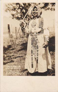 RP: WINNEMUCCA , Nevada , 1910-30s ; Indian Girl w/ bow & arrow