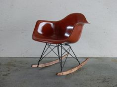 If i could get my hands on a Eames rocker....