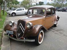 Vintage Cars, Antique Cars, Art Deco Car, Automobile, Citroen Traction, Traction Avant, Citroen Car, Mini Trucks, Hot Cars