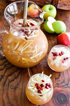 Pitcher Cocktail Recipe: Sparkling Apple Cider Sangria — The Happy Hour -- delicious! Sangria Drink, Fall Sangria, Apple Cider Sangria, Fall Drinks, Holiday Drinks, Festive Cocktails, Fall Recipes, Holiday Recipes, Thanksgiving Sangria