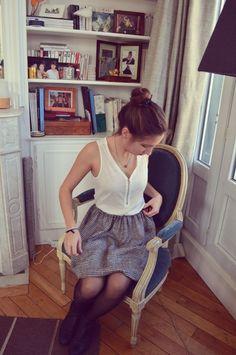 Ras-le-bol des patrons (de couture)? On vous dit tout sur l'astuce de la jupe à élastique ! A faire et à refaire, dans tous les tissus que vous voulez. Sewing Clothes, Diy Clothes, Diy Vetement, Couture Outfits, Couture Sewing, Refashion, Diy Fashion, Chiffon, Style Inspiration