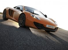 McLaren : MP4-12C